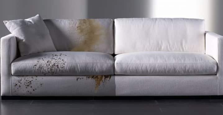 Как происходит химчистка мягкой мебели?