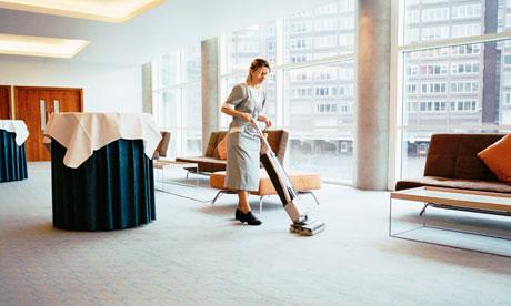 Прибирання офісів вранці або ввечері - що краще?