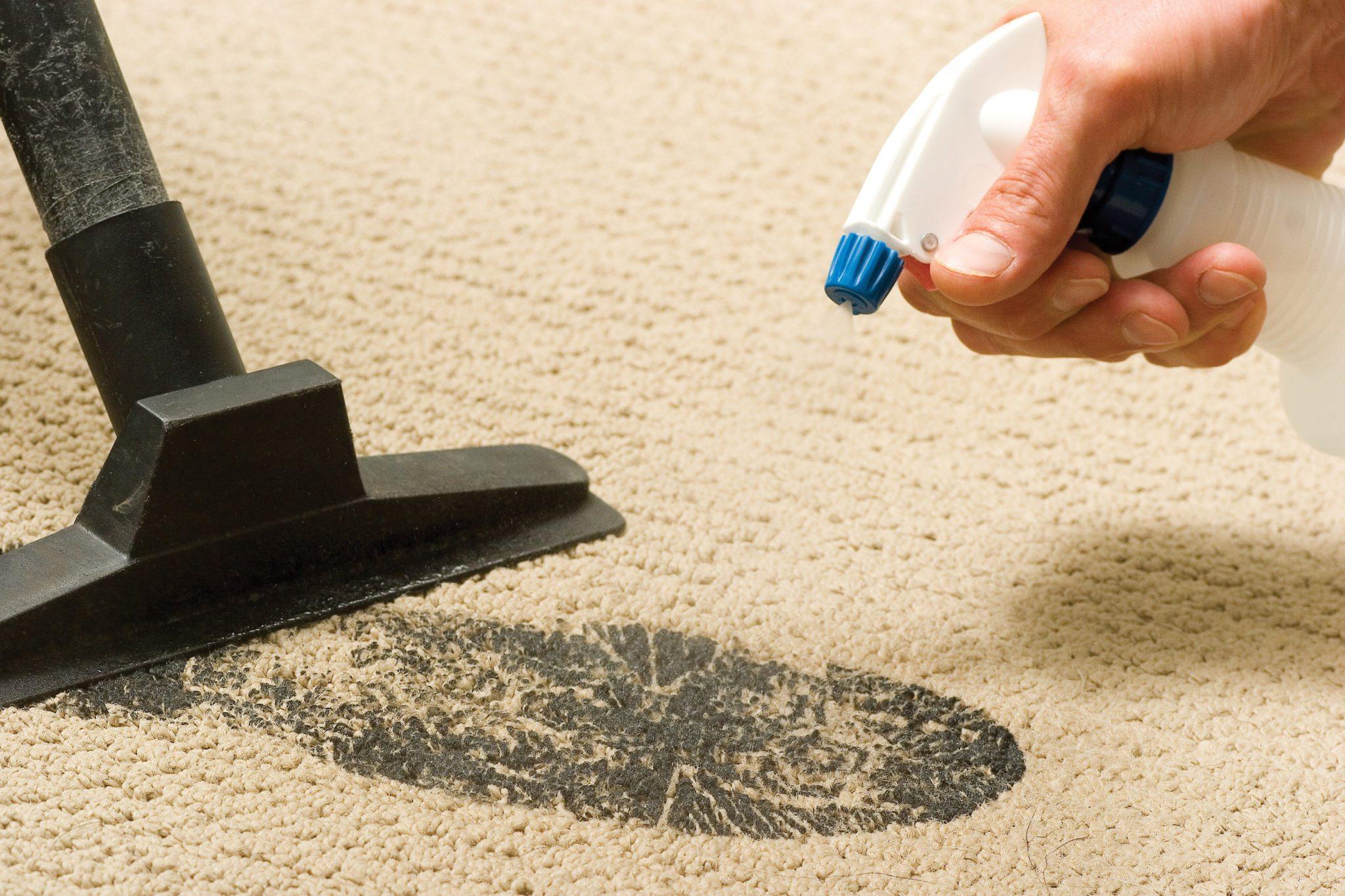 Як часто треба прибирати ковролін?