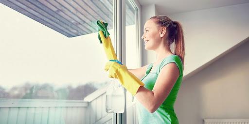 Миття вікон після ремонту за допомогою профі - краще рішення